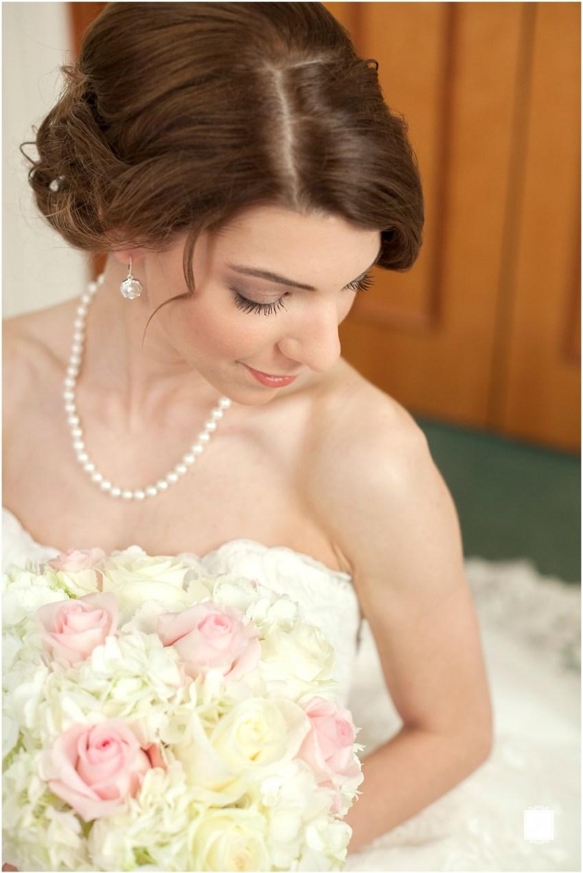 Classic Blush barn at Ligonier Wedding_Jackson Signature Photography_0004, Choosing A Timeless Wedding Dress