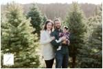 Christmas Family Mini Portrait Session at Ridilla Tree Farm Latrobe_Jackson Signature Photography Greensburg Pennsylvania and Latrobe Family Portrait Photographer
