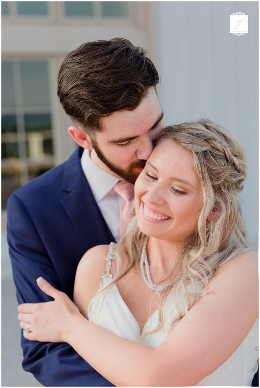 SavannahDylan-Preview_Jackson-Signature-Photography-Pittsburgh-Wedding-Photographer-5.jpg
