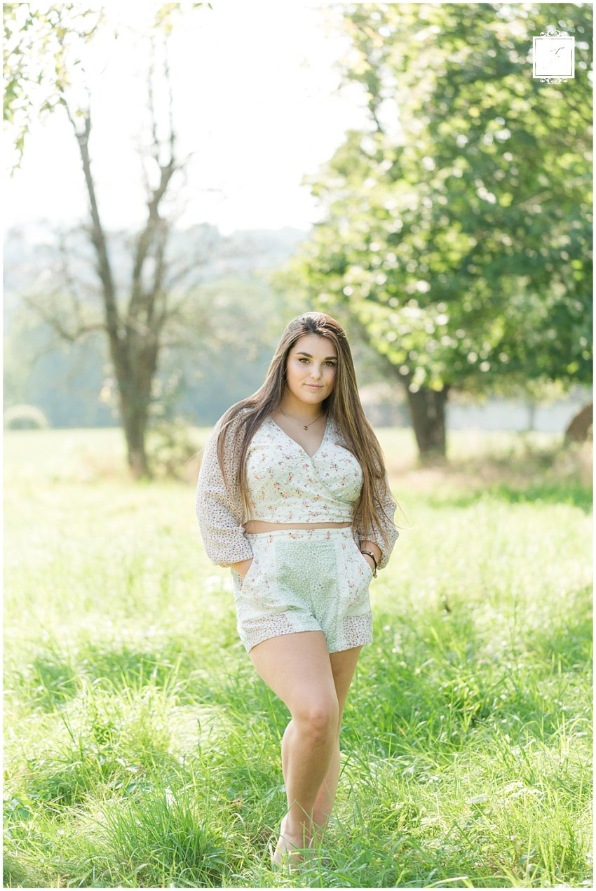 Kaia's End of Summer Latrobe Senior Portrait Session by Jackson Signature Photography a Greensburg and Pittsburgh Senior Portrait Photographer.