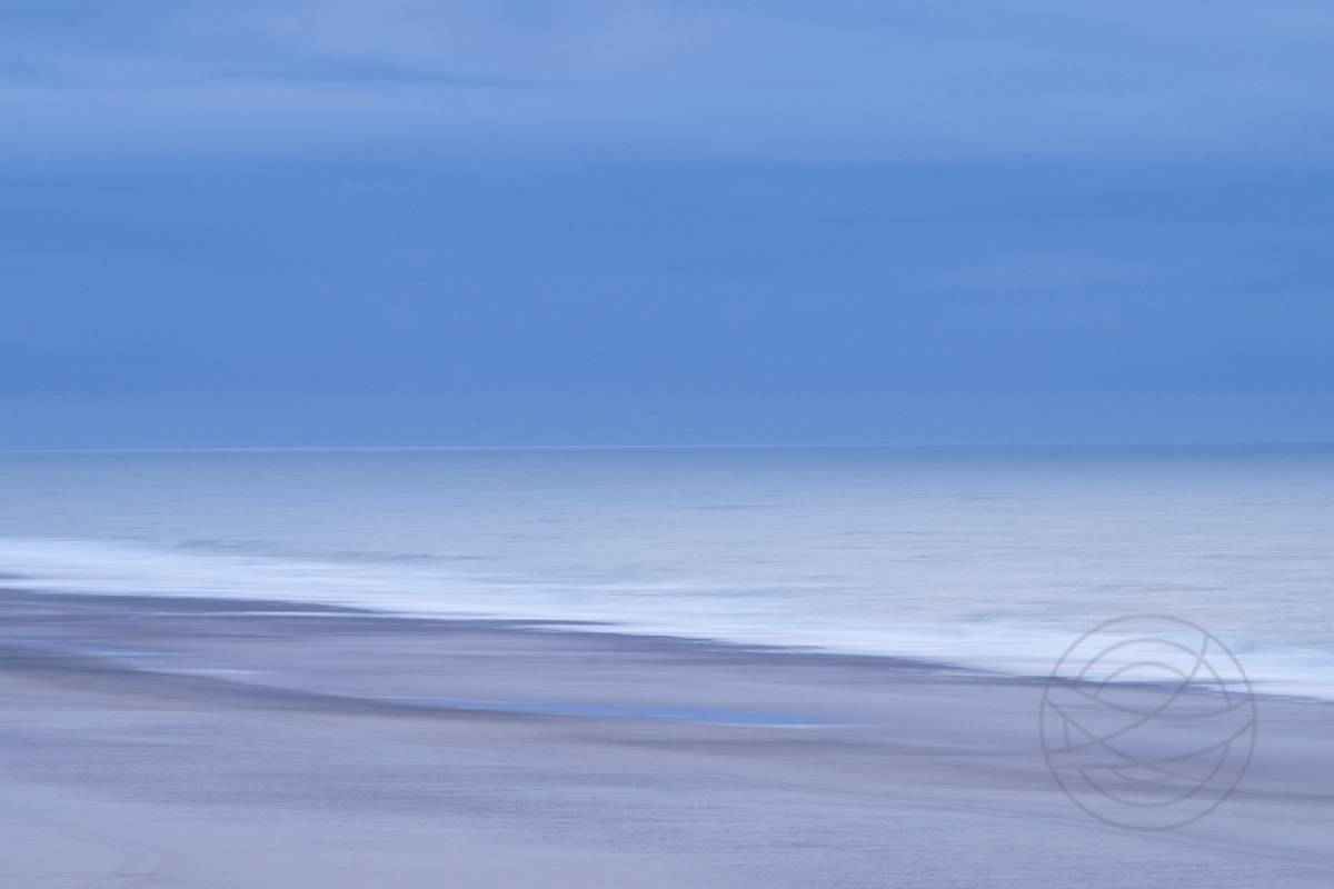 Silenced - Abstract realistic fine art seascape photography by Jacob Berghoef