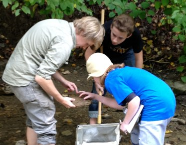 Benthic macroinvertebrate surveys with sixth grade students, Wheeling WV