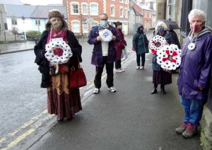 Knighton Refugee Group Wreaths