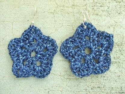 metallic dark blue crocheted star earrings