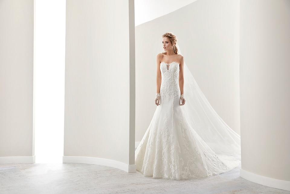 Nicole Spose Wedding dress
