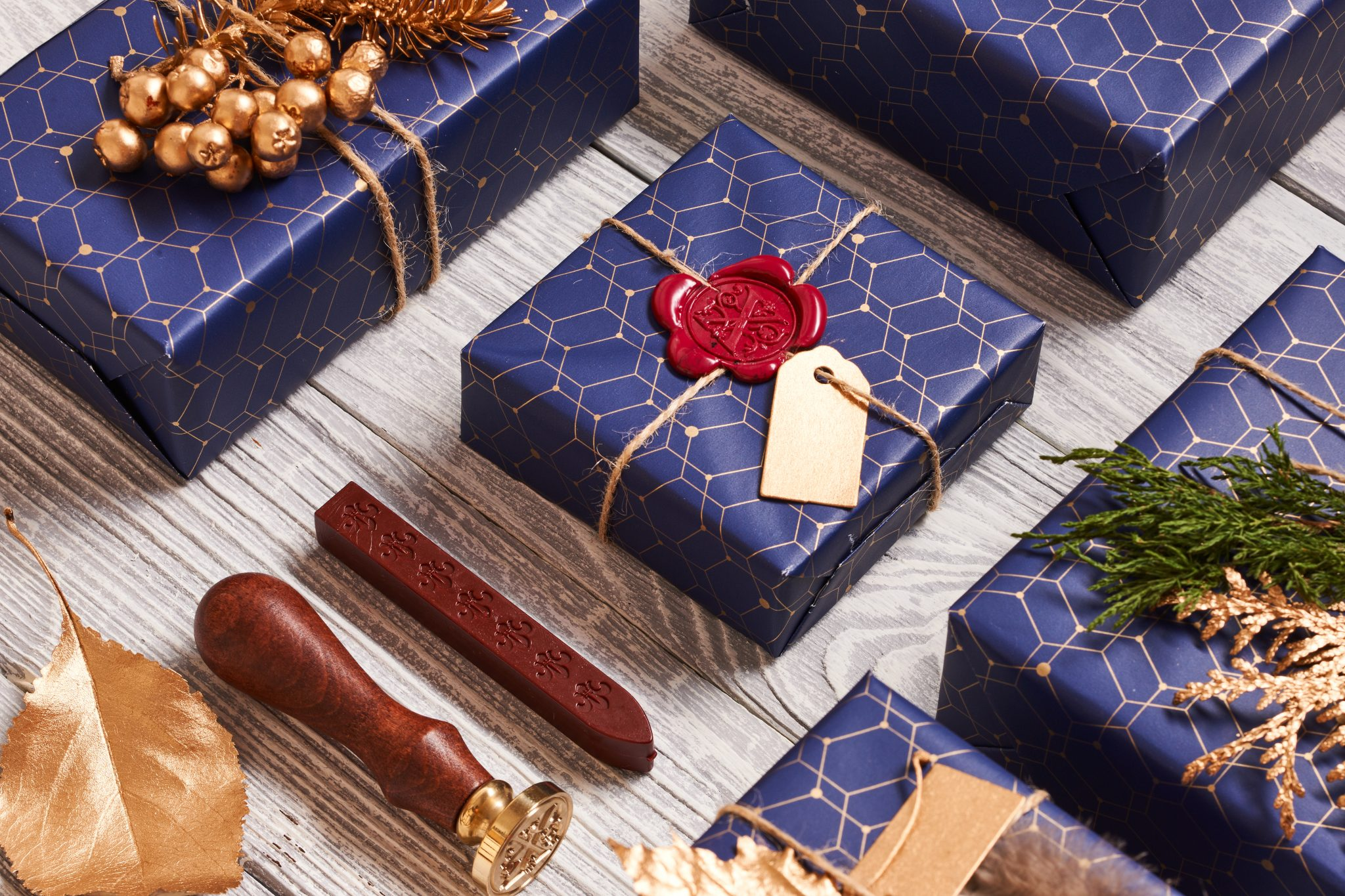Are you having a Secret Santa party? If the person you've drawn loves to travel, click here for 40 Secret Santa gift ideas under $40!