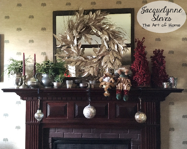 fireplacemantelchristmas-jacquelynnesteves