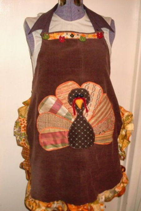 Free Appliqued Thanksgiving Turkey Apron tutorial. Made from old corduroy pants!