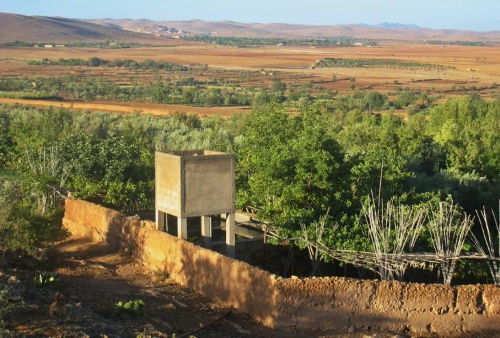 emplois dans l'agriculture familiale. Petite ferme familiale dans l'Atlas marocain