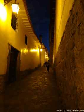 Cusco street at night