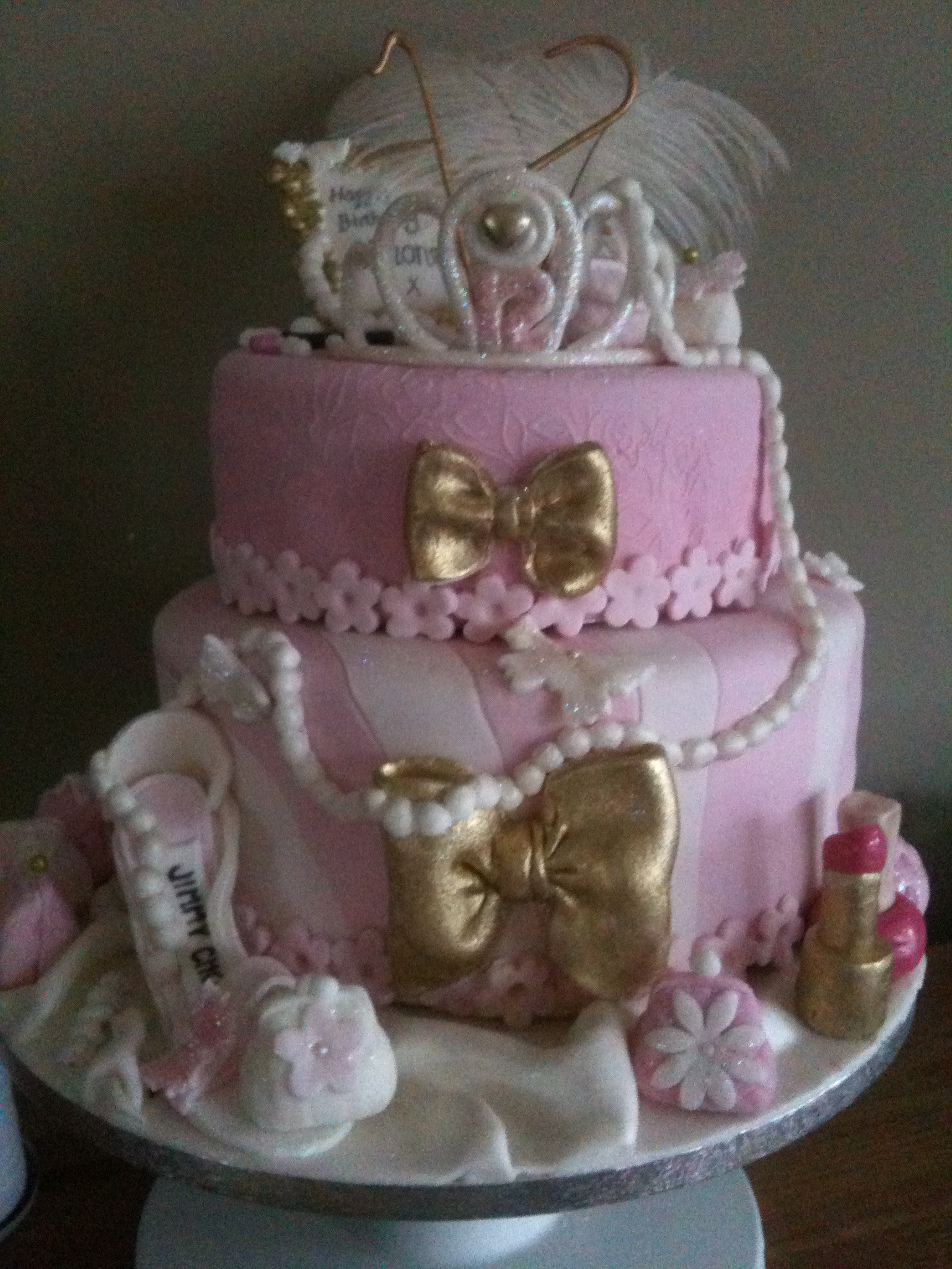 girly pink theatrical cake