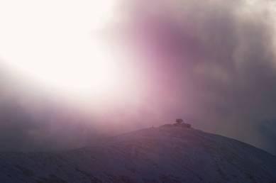 Śnieżka w słońcu