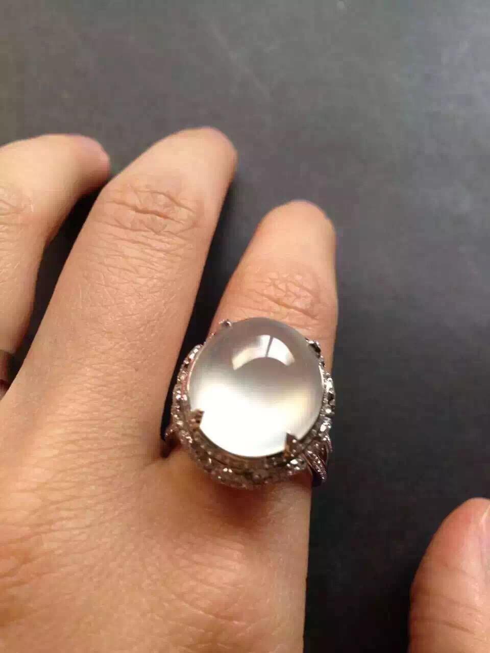 luxurioua translucent clear glass jade cabochon diamond embellished setting wedding engagement