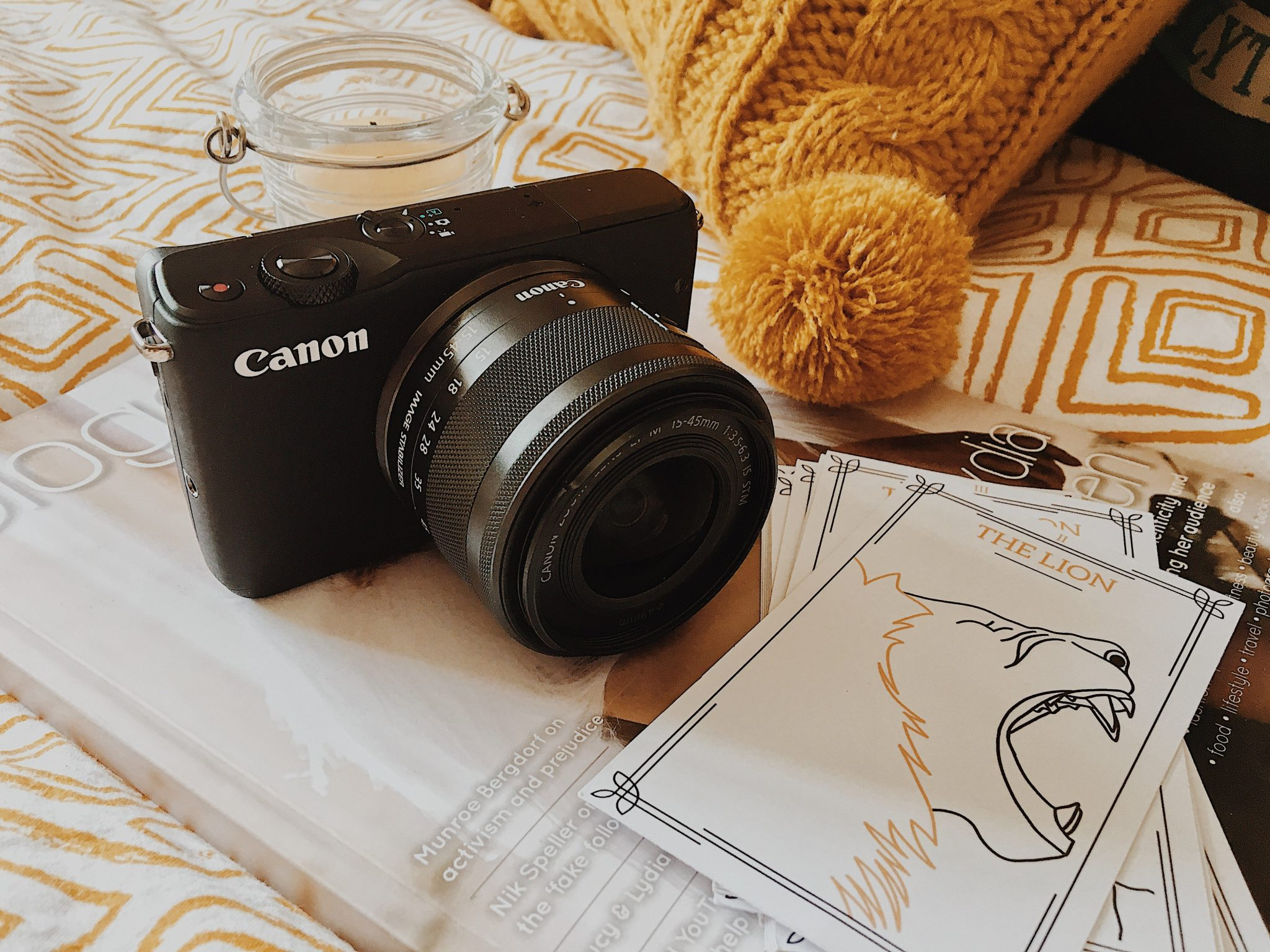 Canon EOS M10 Camera