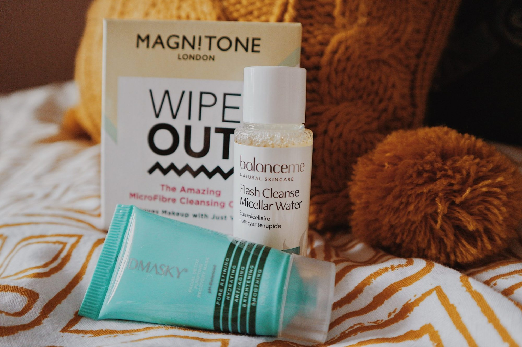Main!tone Wipe Out MicroFiber Cleansing Cloth