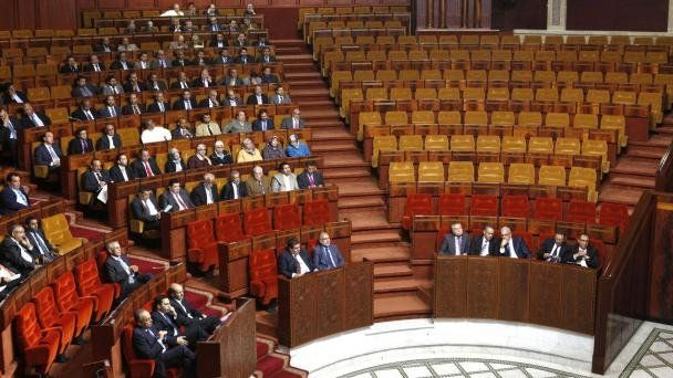 بداية تسجيل أسماء النواب المتغيبين عن الجلسات العمومية