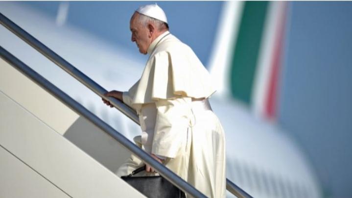 البابا يُغادر المغرب على متن طائرة 'لارام' الجديدة