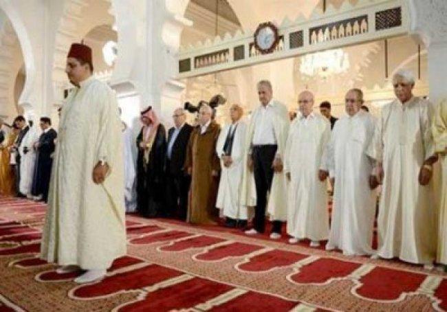 خطيب العيد بالجزائر يدعو لحماية المسيرات من الاختراق