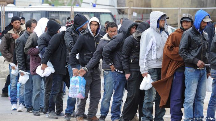 هجوم 200 مهاجر على سياج سبتة..والأمن المغربي يحبط العملية