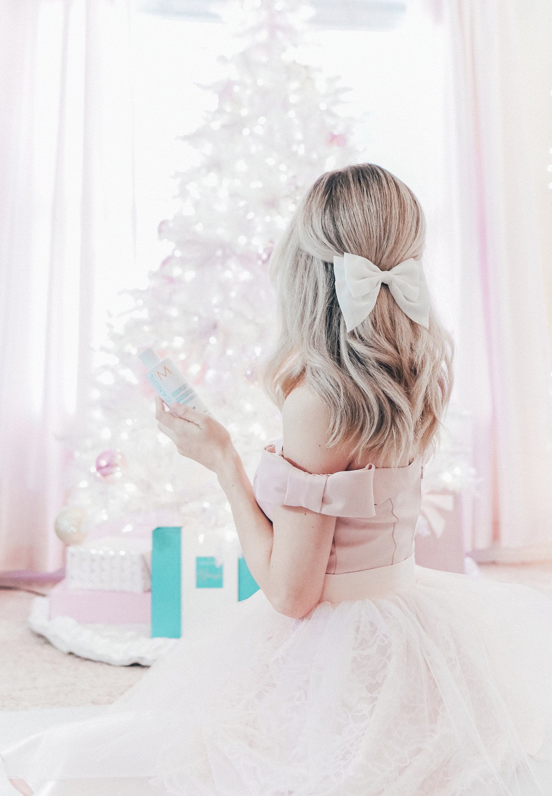Hair Care Gifts That Should Be At The Top of Your Holiday Shopping List