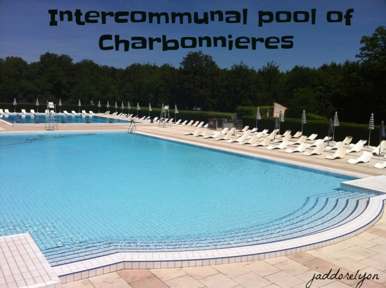 Intercommunal pool of Charbonnieres