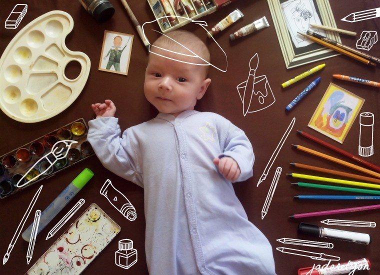 Start art activity with your baby. Take your baby for a real painting classes in Lyon