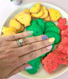 mani monday easter cookies