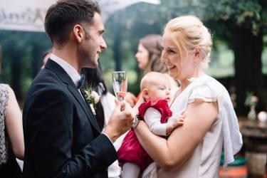 Jeroen, Nadine und Baby Martha nach der Trauung