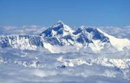 माउंट एवरेस्ट पर सबसे घातक हिमस्खलन, 12 नेपाली शेरपा गाइडों की मौत