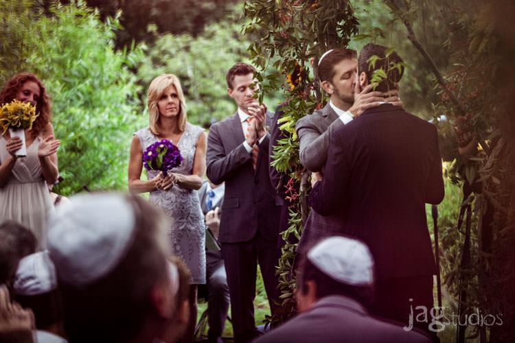 charming luxury-winvian-samesex-barn-wedding-summer-jewish-jagstudios-photography-029