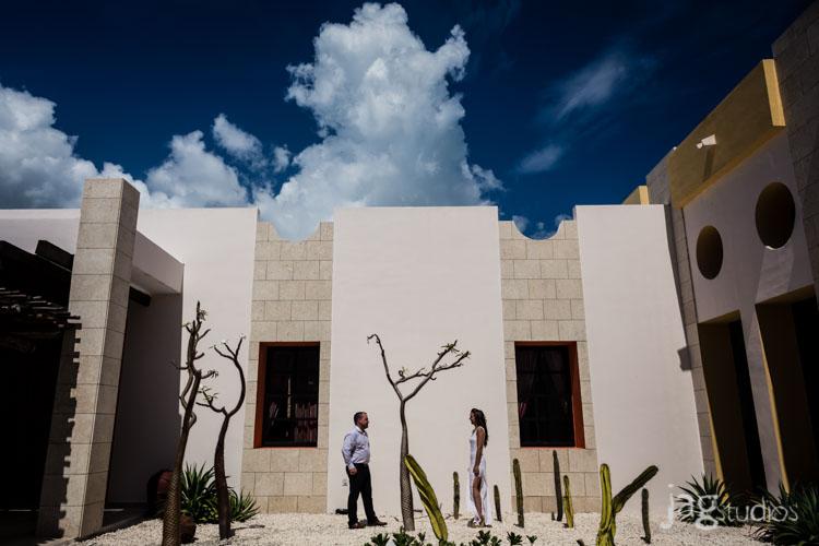 destination-mexico-portraits-jagstudios-photography-excellence-resort-brittany-josh-002