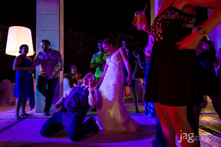 destination-mexico-wedding-jagstudios-photography-excellence-resort-brittany-josh-030