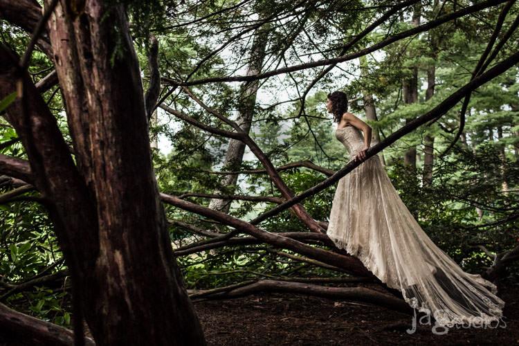 park wedding forest-wedding-look-park-florence-massachusetts-jagstudios-steph-dex-009