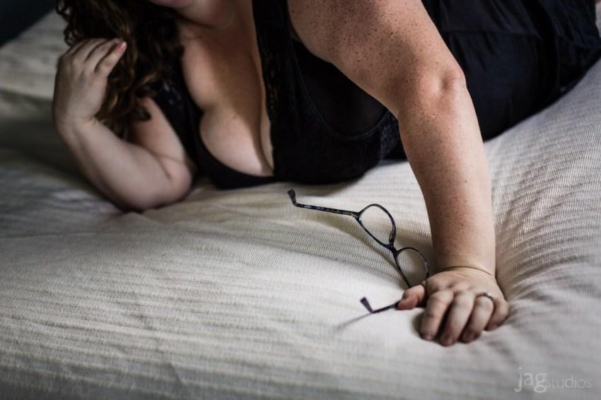 risqué photography JAGstudios beautiful girl on bed