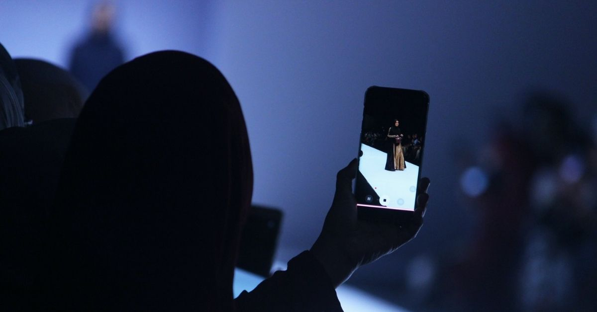 smartphone-fashion-defile