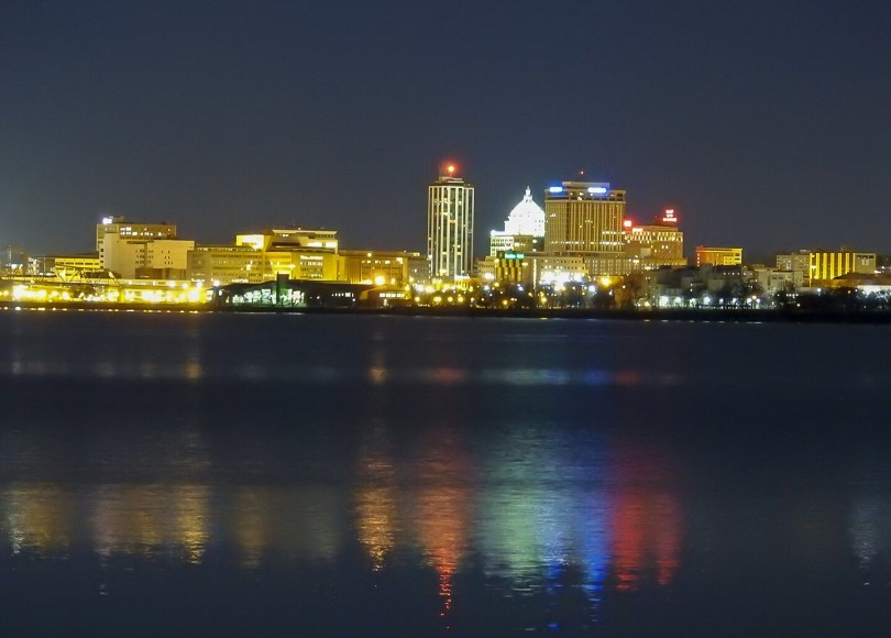 peoria illinois skyline