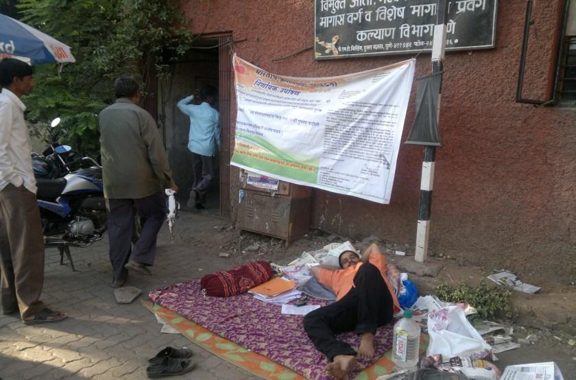 Adv.Siddharthshankar Sharma Hunger Strike against ILS Law College