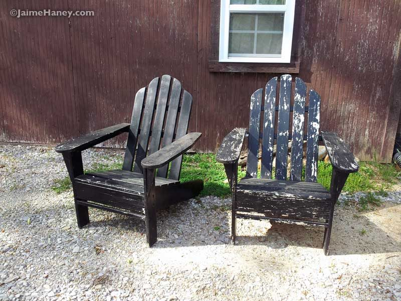 found black Adirondack chairs