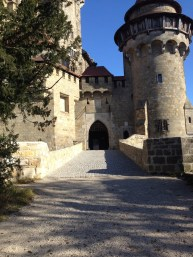 The entrance to the castle.