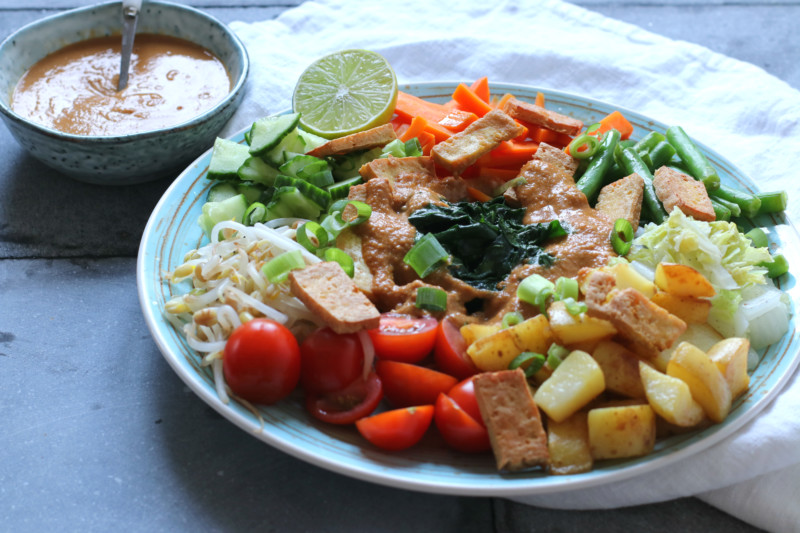 Gado Gado met pinda saus www.jaimyskitchen.nl