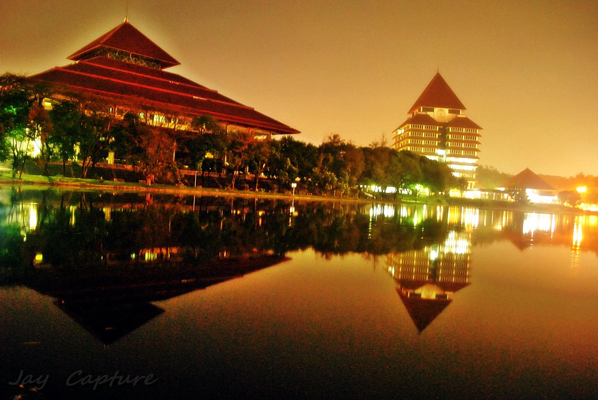 Wallpaper Universitas Indonesia UI Night Mode  Never