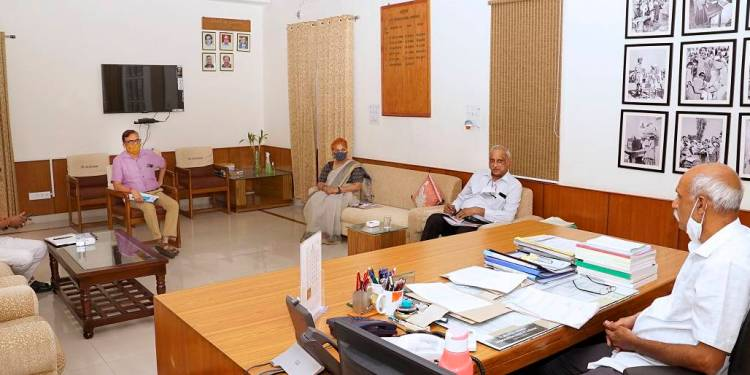 State Election Commission Commissioner Mehra held a meeting with the Home Police Department officials