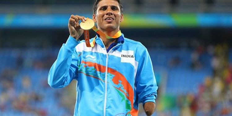 Agriculture minister welcomes Paralympics Silver Medalist Shri Devendra Jhajharia and Olympian Shri Arjunlal Jat