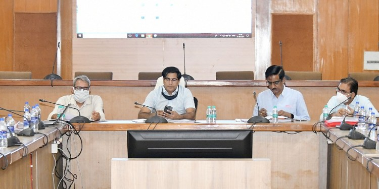 Progress review meeting on National Highways and CRIF works