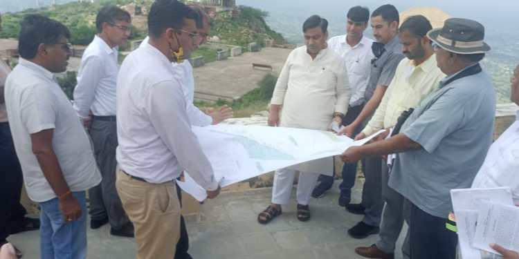 Ropeway, canteen and parking facilities at Harsh Parvat