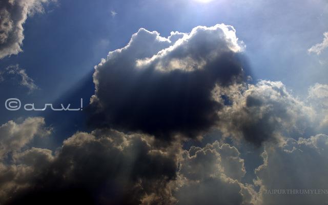 Clouds rush in/ Skywatch Friday – Jaipur Thru My Lens