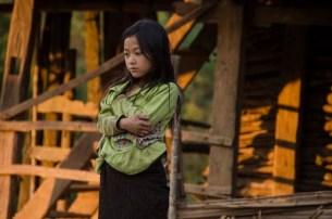 Les enfants du village Akha