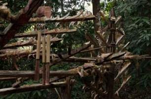 La porte du village Akha