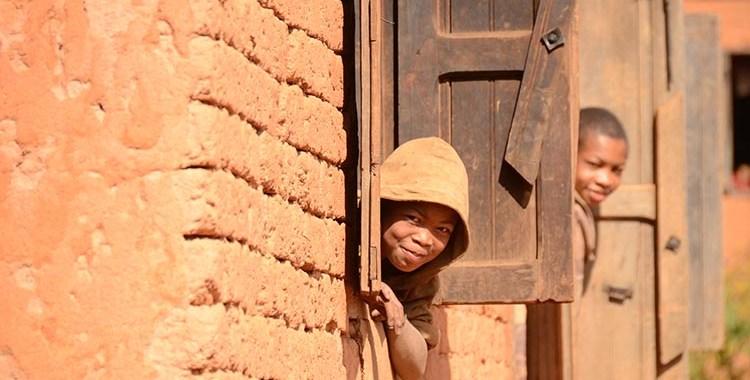 N7 - Ambositra - Madagascar - Jaiuneouverture (20)