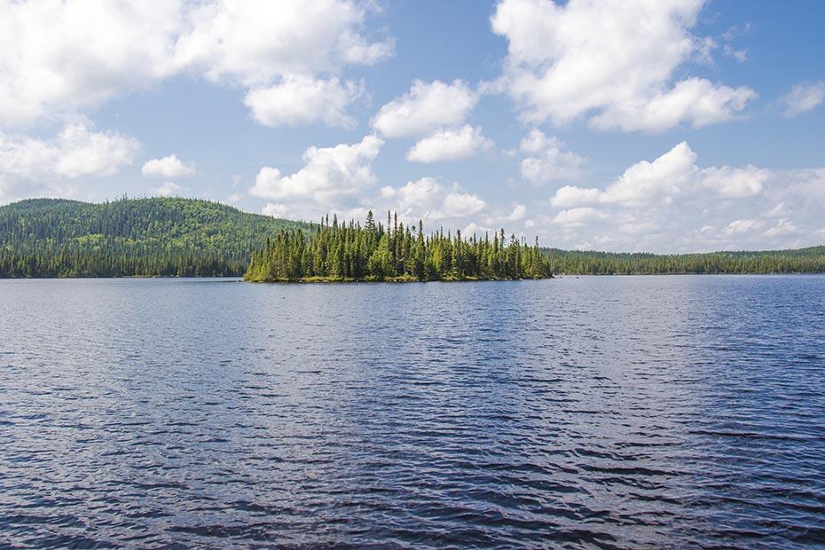 Lac du Général Tremblay - Québec - Canada
